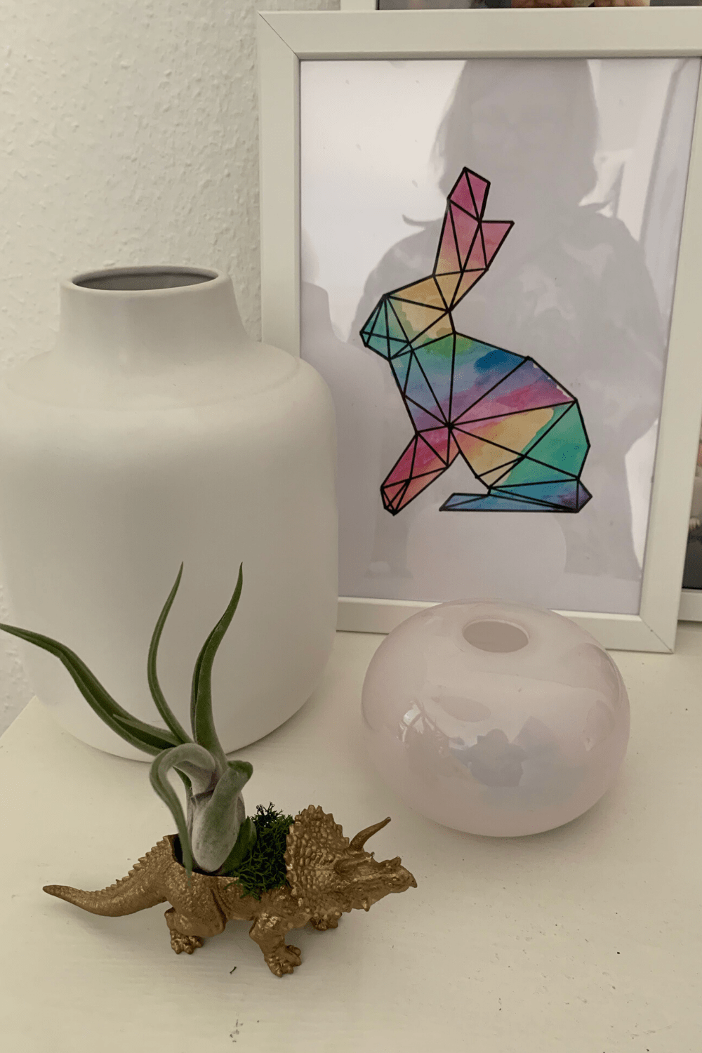 Scandi-inspired Easter decor: bunny form graphic watercolour art to decorate our house for Easter