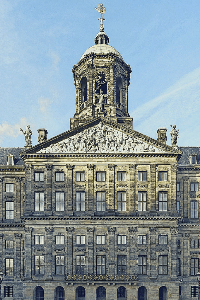 Palace on Dam Square, Amsterdam, visiting with the princess, City trips with a young child