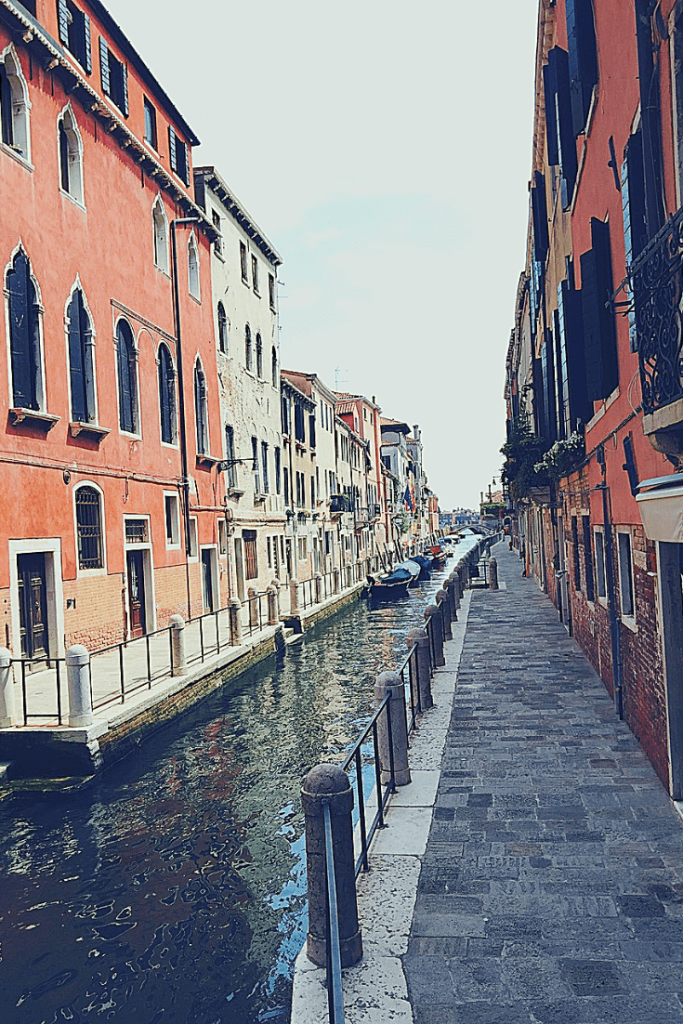Getting lost in Venice with a small child
