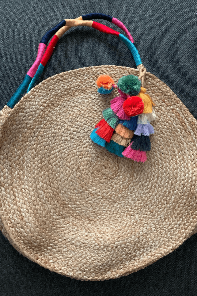 A fun and easy beach bag tutorial - how to personalize a simple store-bought straw bag and make it your own in a few simple steps.