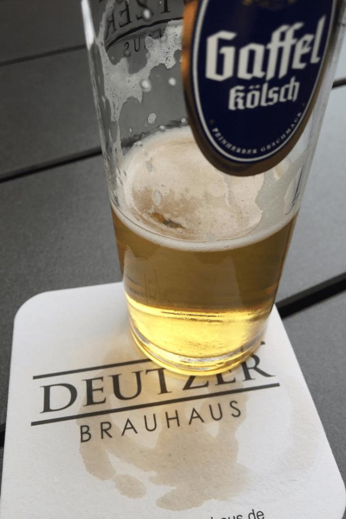Cologne in a day: Vorglühen at Deutzer Brauhaus