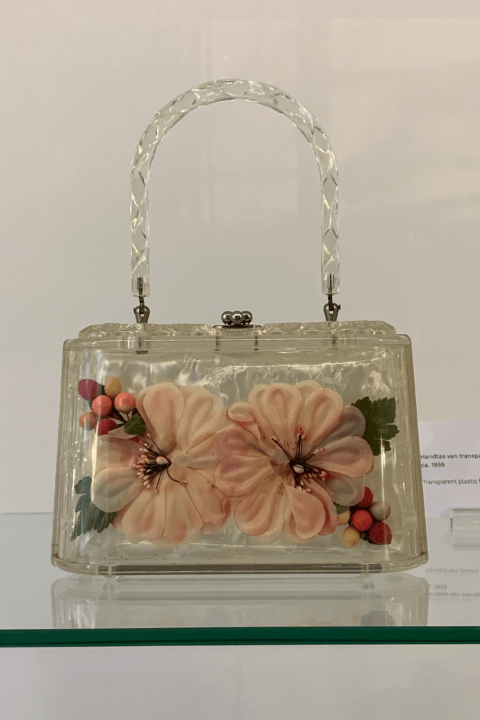 Bags in bloom: Handbag and purse museum Amsterdam during our mother-daughter trip