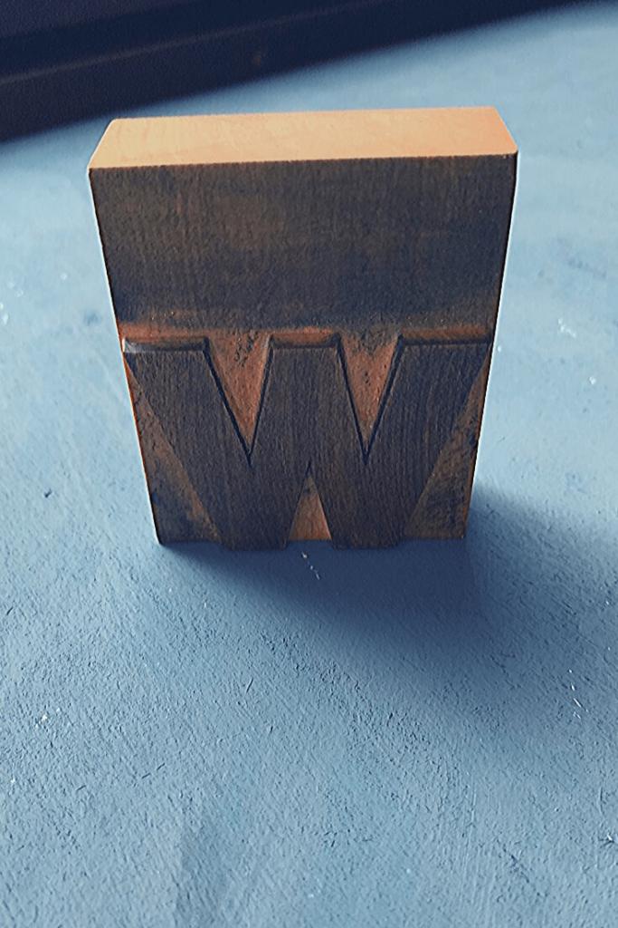 Sans seriff letterpress block lower case letter w, found in a box at the Zöppkesmarkt 2019