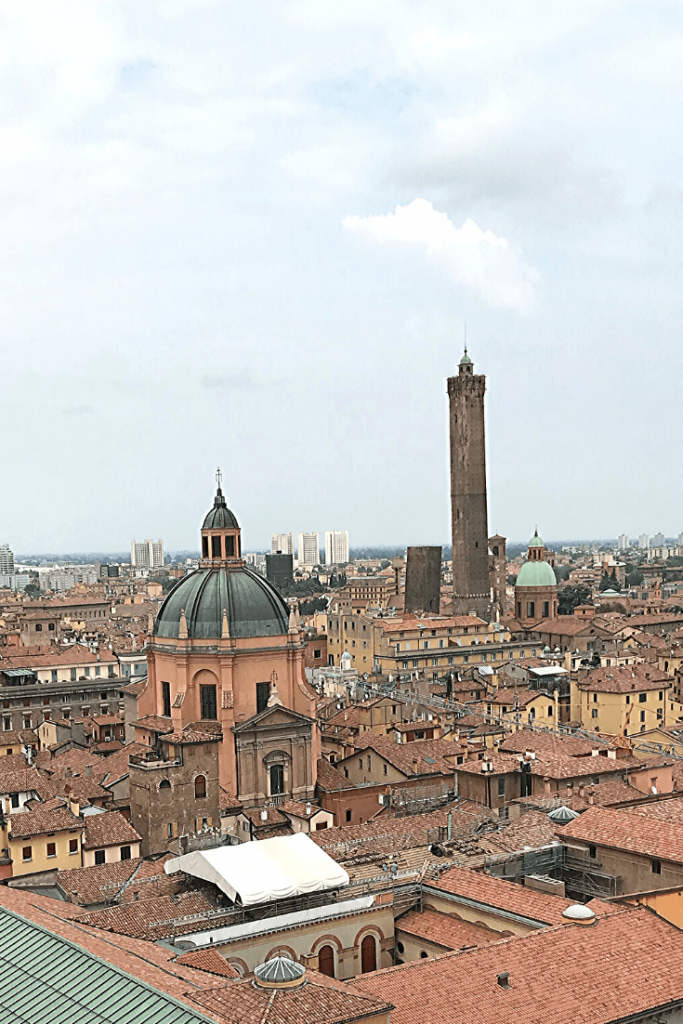 View from the temporary terrace of the Basilica di San Petronio; view of the Torre degli Asinelli and the Torre Garisenda: what to do in Bologna with kids