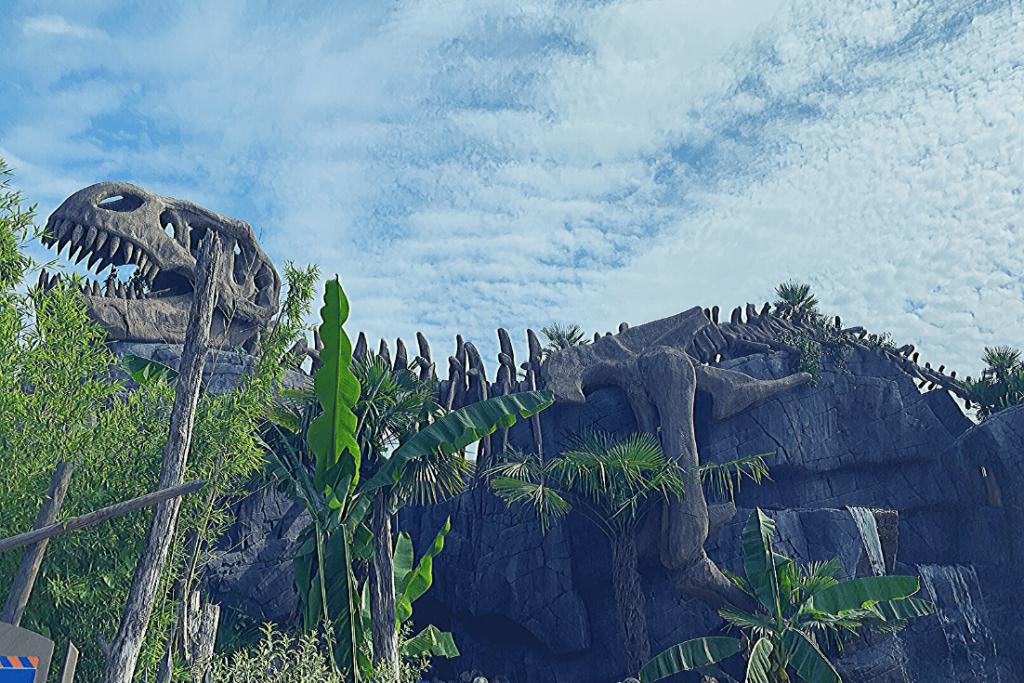The entrance to Pangea at Movieland: the Italian theme parks near Verona: Little dinosaur aficionado