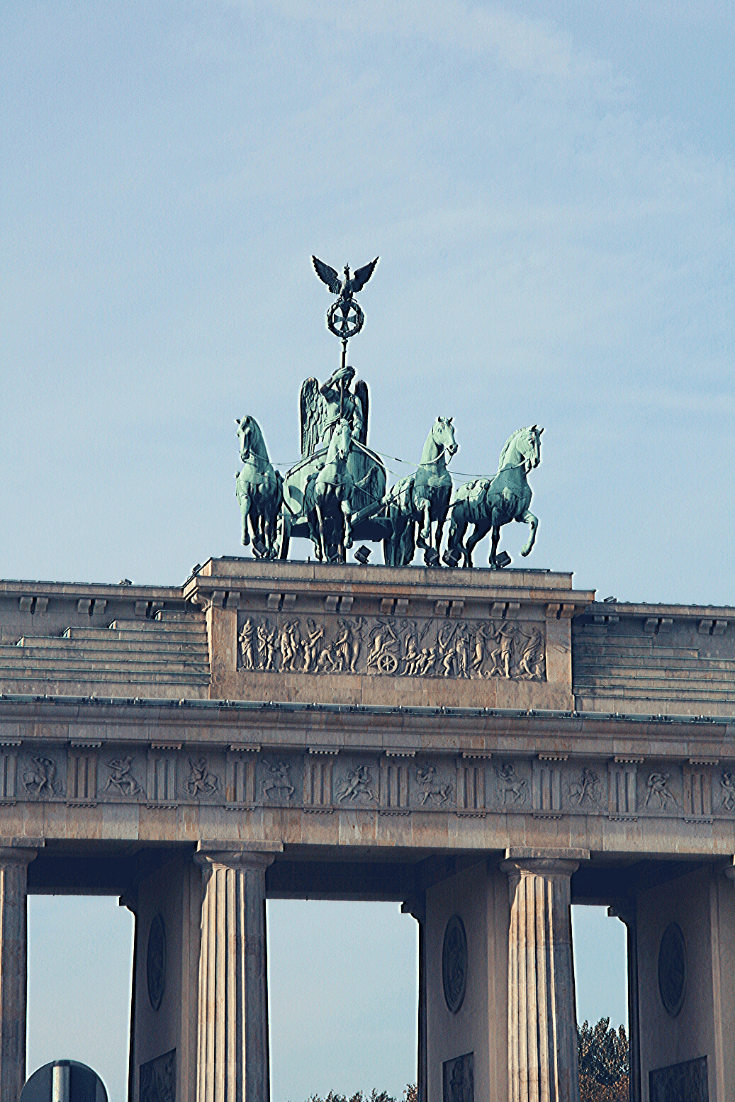 Brandenburger Tor, in No Man's Land while the Berlin Wall stood; now that the Wall has fallen, it is a symbol of German unity