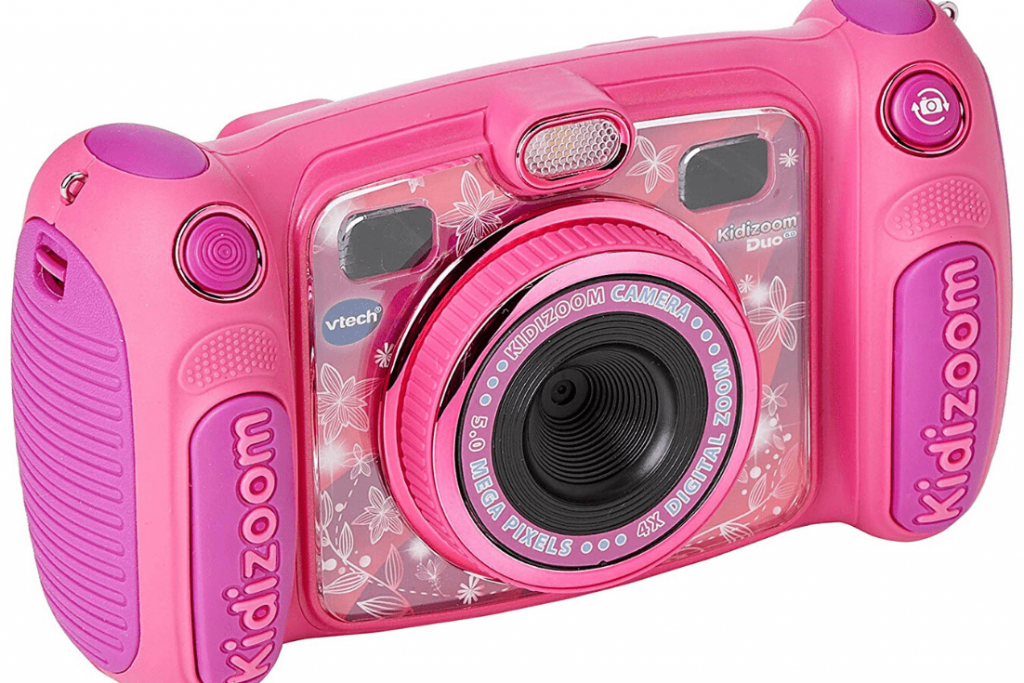 A digital camera designed specifically for children: intuitive and easy to use, shock resistant but still take a good photo; Perfect gifts for little travellers