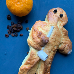 How to make German Weckmänner; Stutenkerl recipe; Weckmann with mandarin and raisins; St Martins celebrations; traditional German seasonal baked good; Stutenkerle, Piepenkerle, Hefekerle...