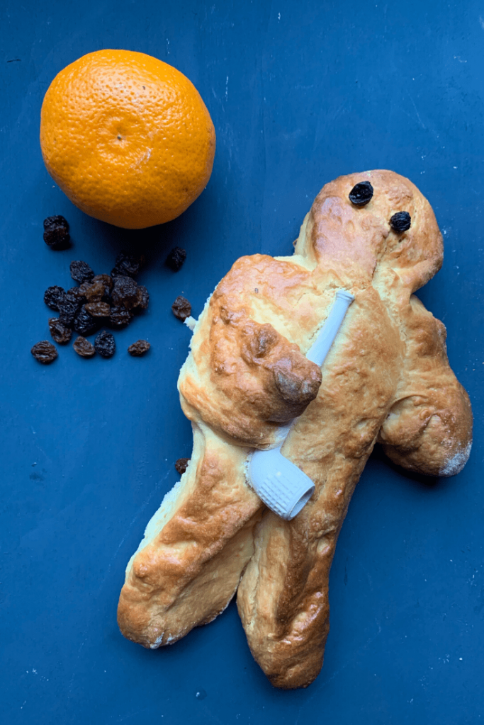 How to make German Weckmänner; Stutenkerl recipe; Weckmann with mandarin and raisins; St Martins celebrations; traditional German seasonal baked good; Stutenkerle, Piepenkerle, Hefekerle...