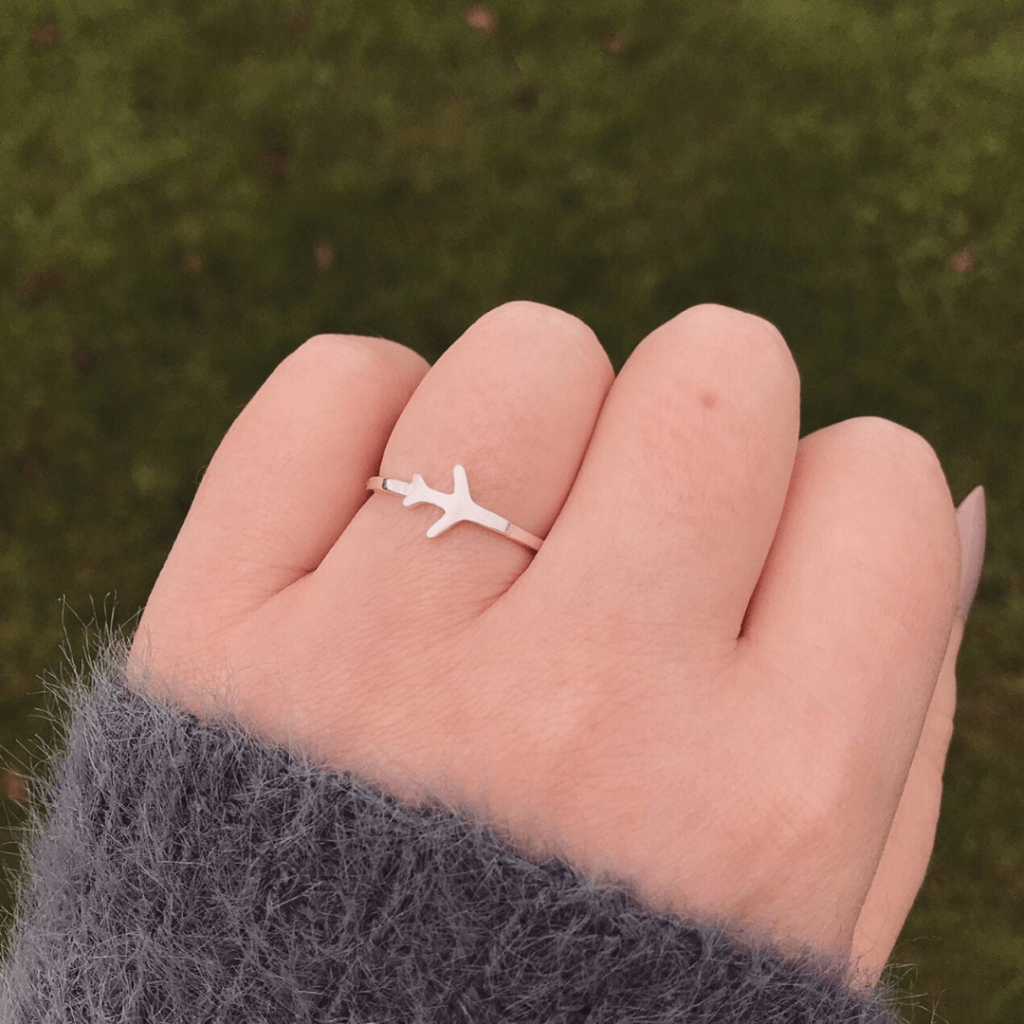 Super cute and dainty ring; travel-themed jewellery and dual time watches as gifts; great gifts for tween travellers