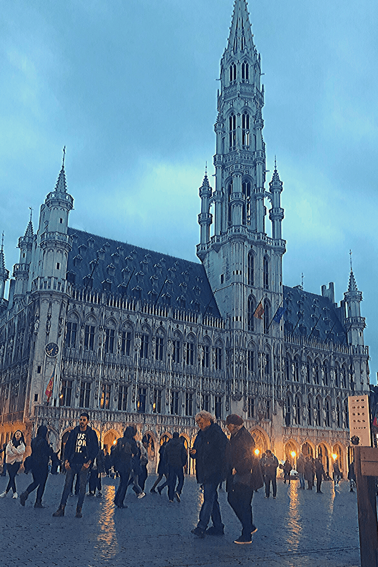 The decade that was: 2011 - farewell to Brussels, the city that had been my home for a decade. Picture of the Hotel de Ville, Grand Place