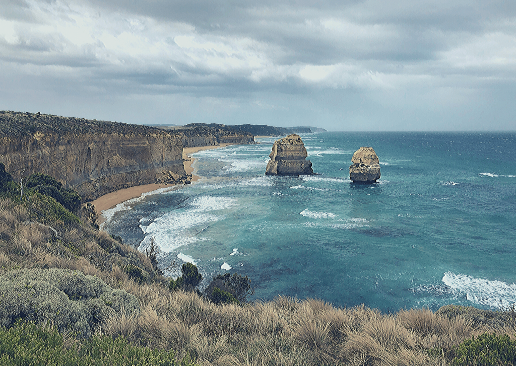 Gog and Magog: From the 12 Apostles viewing platform, a Must-see when visiting the Great Ocean Road with kids
