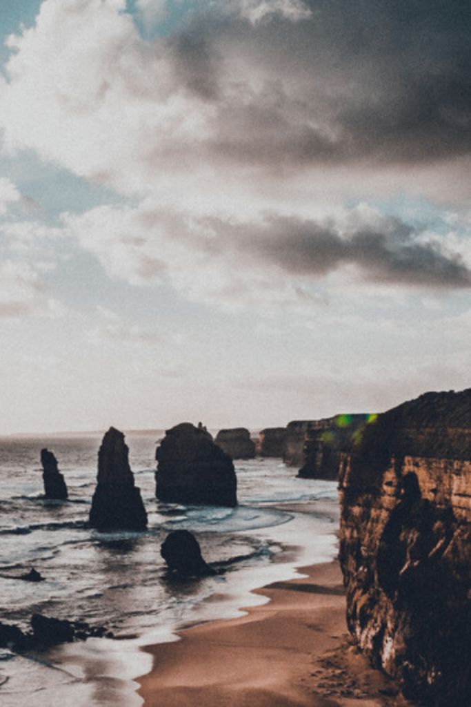 The 12 Apostles: a must-see when visiting the Great Ocean Road with kids or without