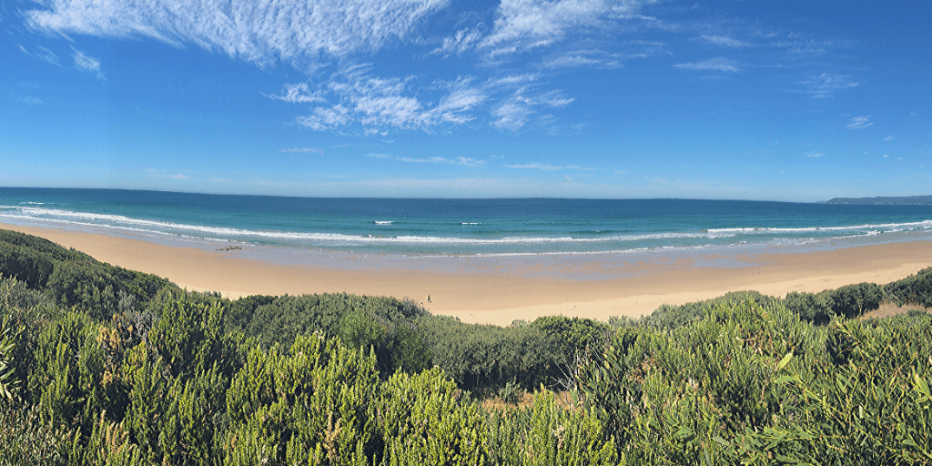 Bells Beach (Torquay), the home of Australian surfing. A great stop on the Great Ocean Road with kids, especially surfing enthusiasts