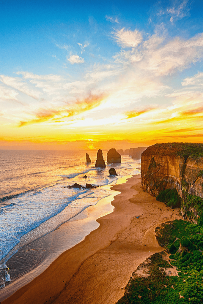 Sunset at the 12 Apostles, a Must-see when visiting the Great Ocean Road with kids