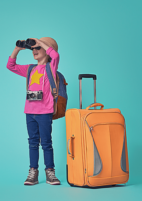 What to do if your flight is delayed: Long-haul flights with young kids; child with binoculars and a large orange suitcase