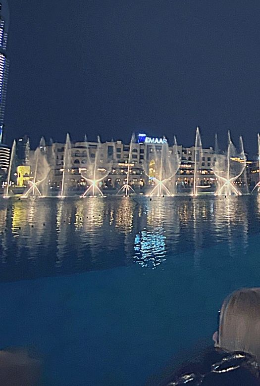 Things to do in Dubai for free: see the Dubai fountain show