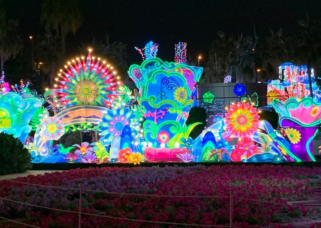 13 fun things to do in Dubai with kids of all ages: visit a crazy garden, such as Dubai Garden Glow