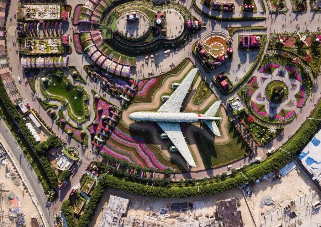 13 amazing thing to do and see in Dubai with kids: visit the Dubai Miracle Garden