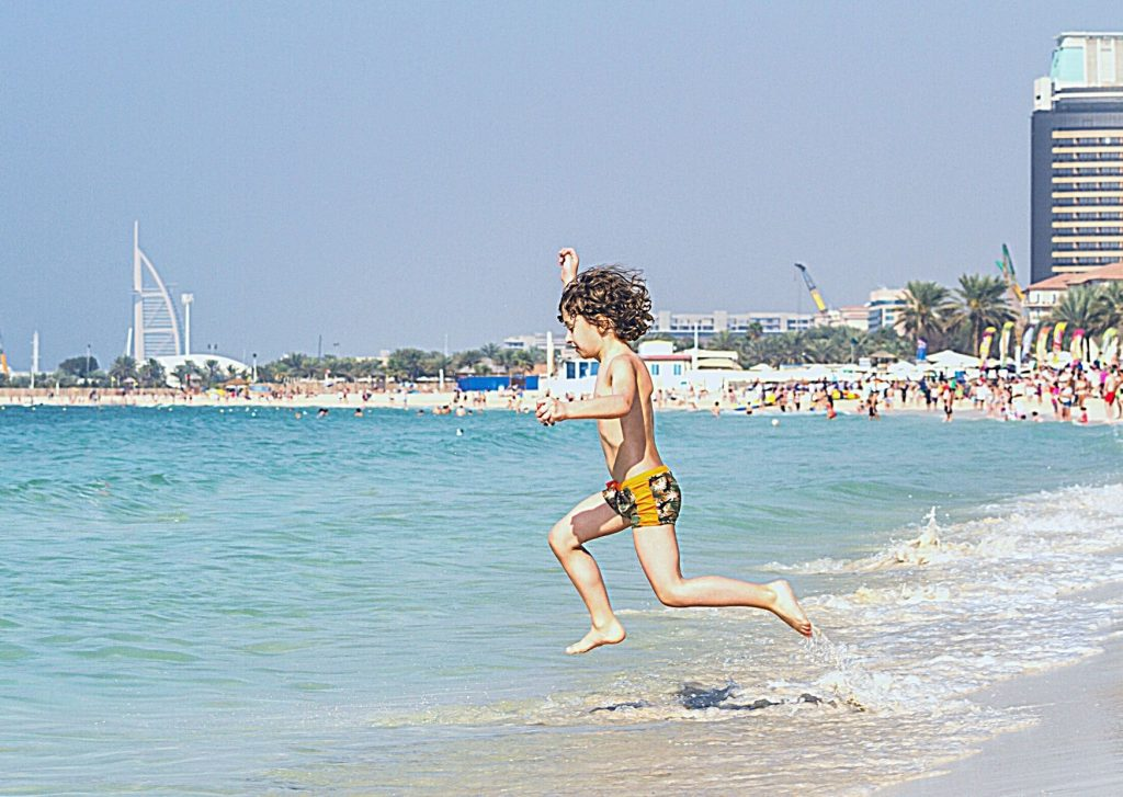 The ultimate list of things to do in Dubai with kids - have fun at the beach