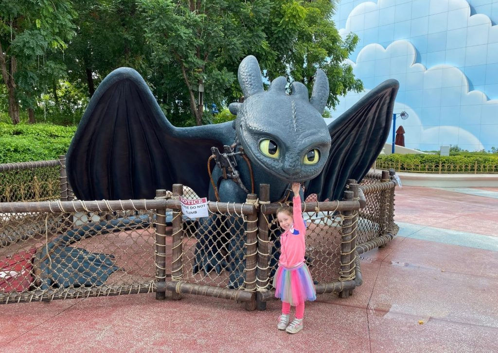 The ultimate guide of things to do in Dubai with kids: meet your favourite Dreamworks characters at Motiongate